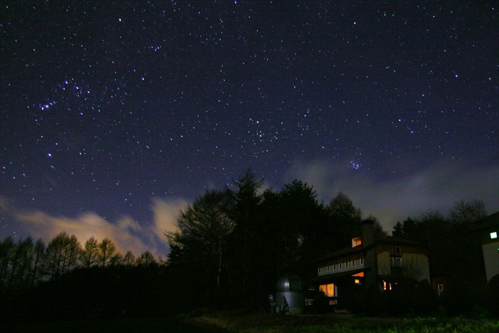 Orion and Taurus tilting to the west at Oizumi Highland