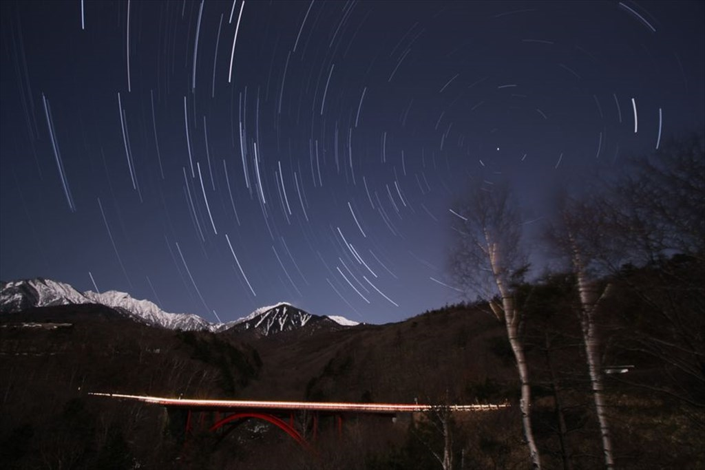 Higashizawa Ohashi (Red bridge) and the stars moving around